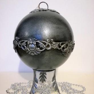 Bombka barokowa srebrno-szara